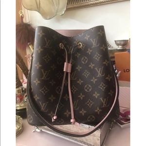 Handbags - Louis Vuitton Neonoe Rose Poudre